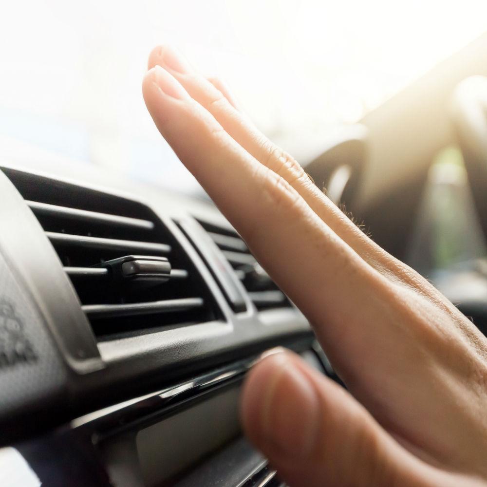 Higienização Completa de Ar-Condicionado Automotivo