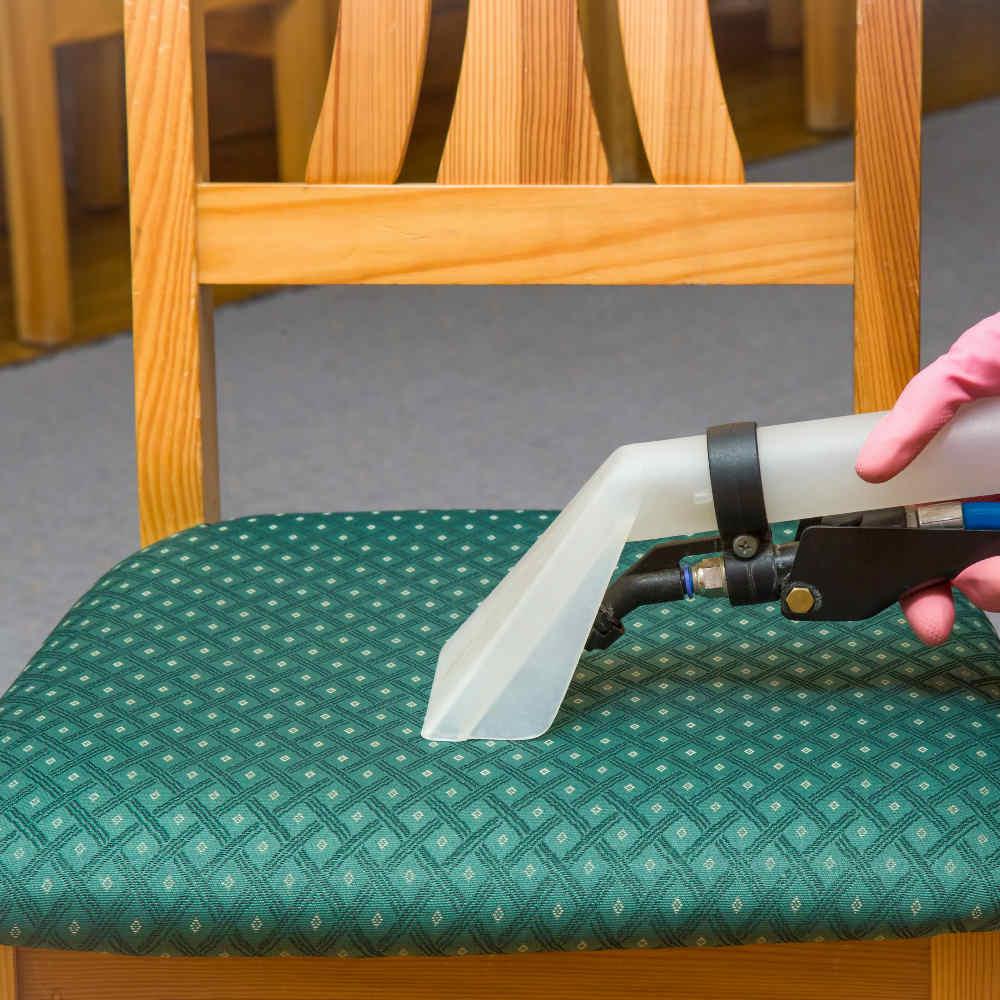 Serviço de limpeza de 6 cadeiras Tempo Tem