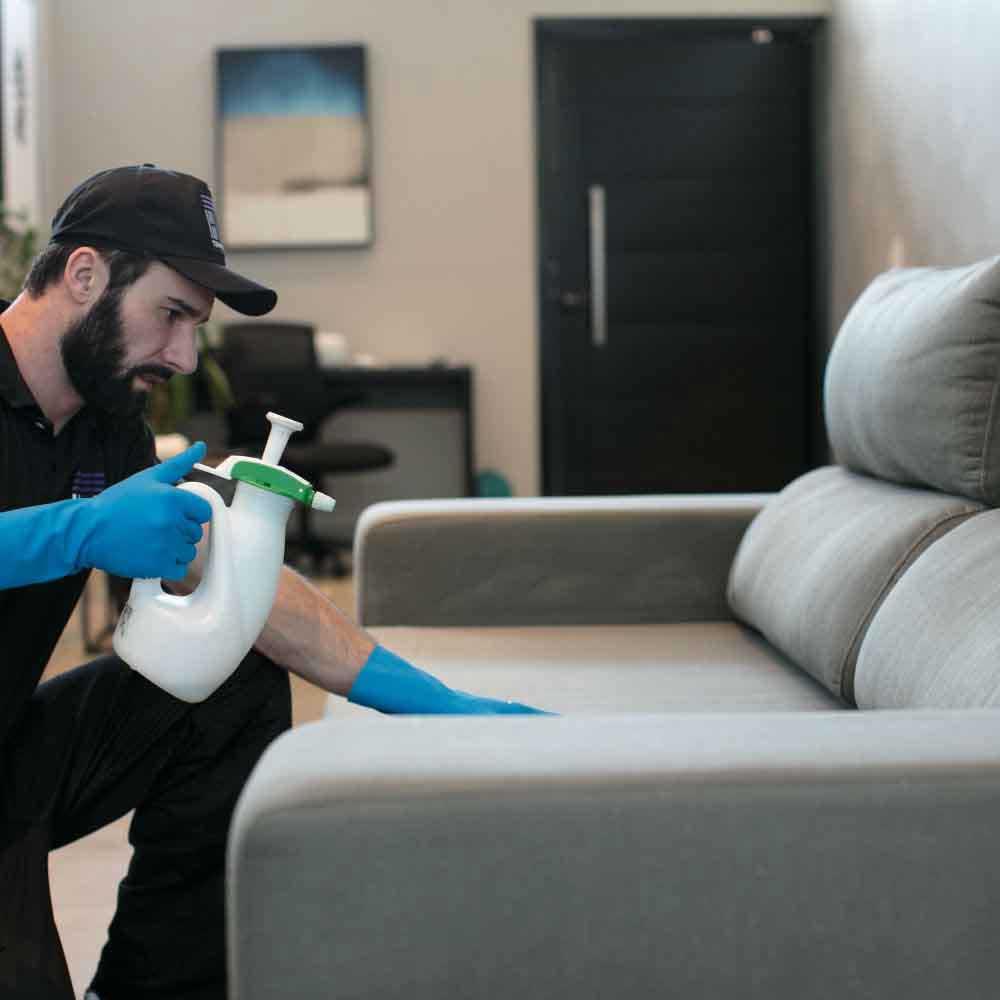Impermeabilização de sofás à base de água ou solvente