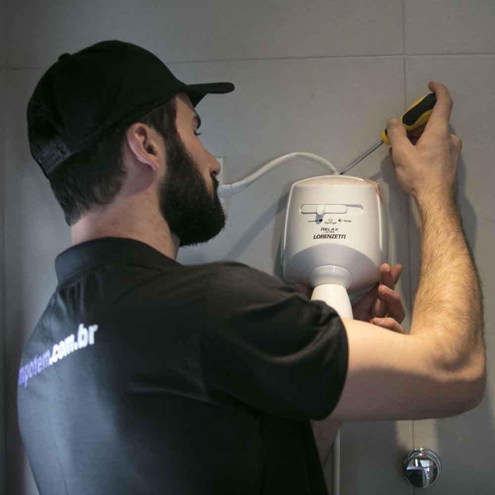 Equipe especializada em instalação ou troca de chuveiro elétrico de todas as marcas e modelos