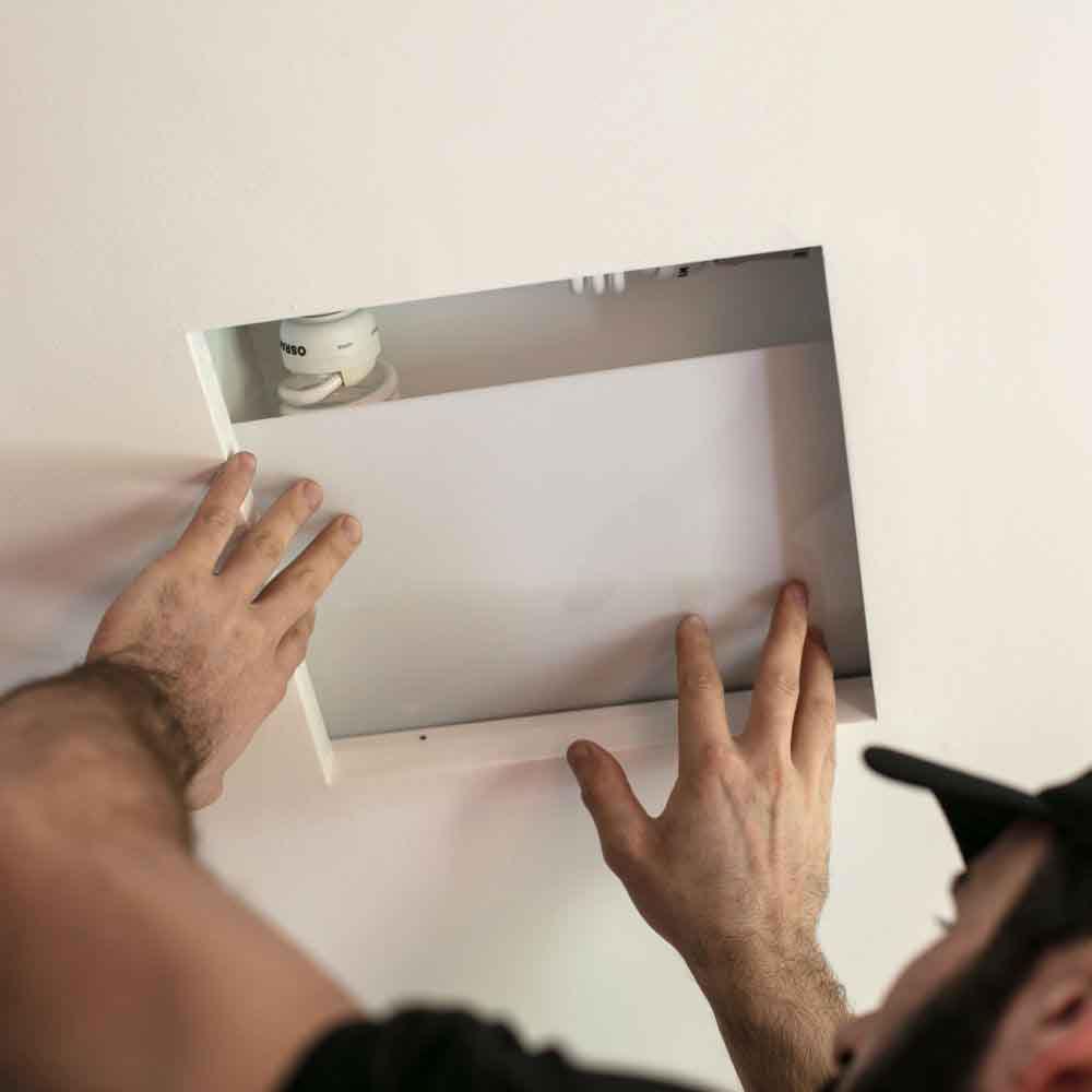 Instalação ou troca de até 3 plafons em ambientes internos e externos