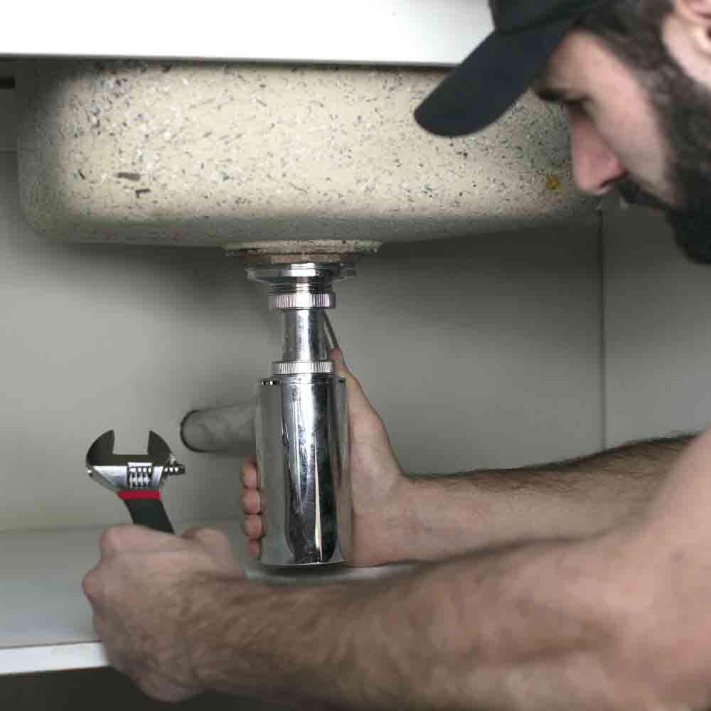 Agilidade, conforto e segurança na hora de instalar ou trocar sifão