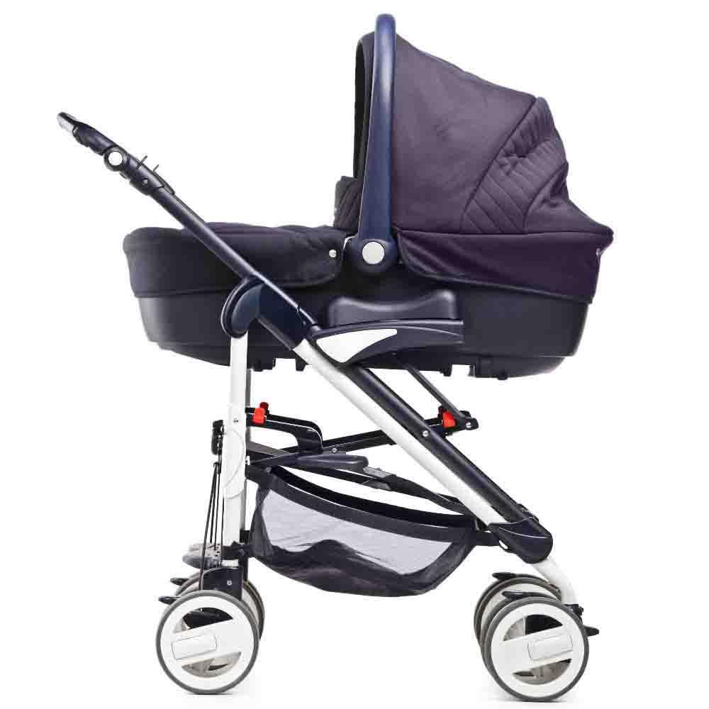 Limpeza de carrinho de bebê com produtos especiais