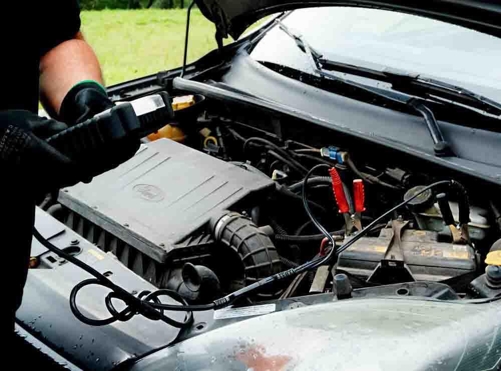 Empresa de serviço de recarga de bateria automotiva TempoTem