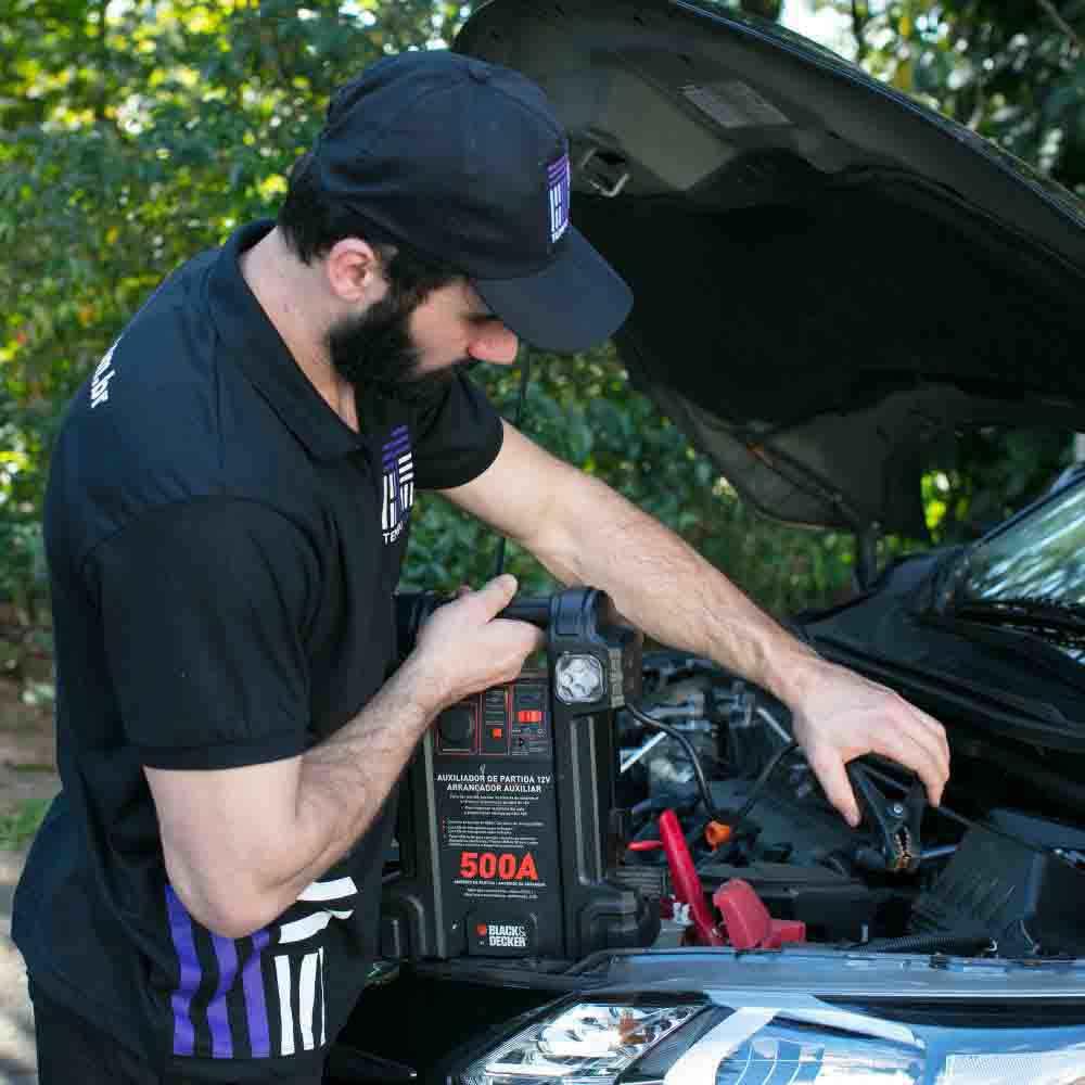 Serviço de recarga de bateria automotiva