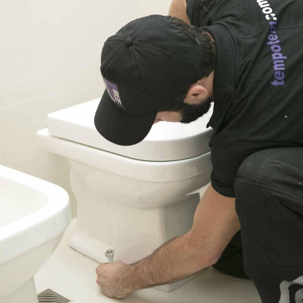 Serviço de troca de vaso sanitário