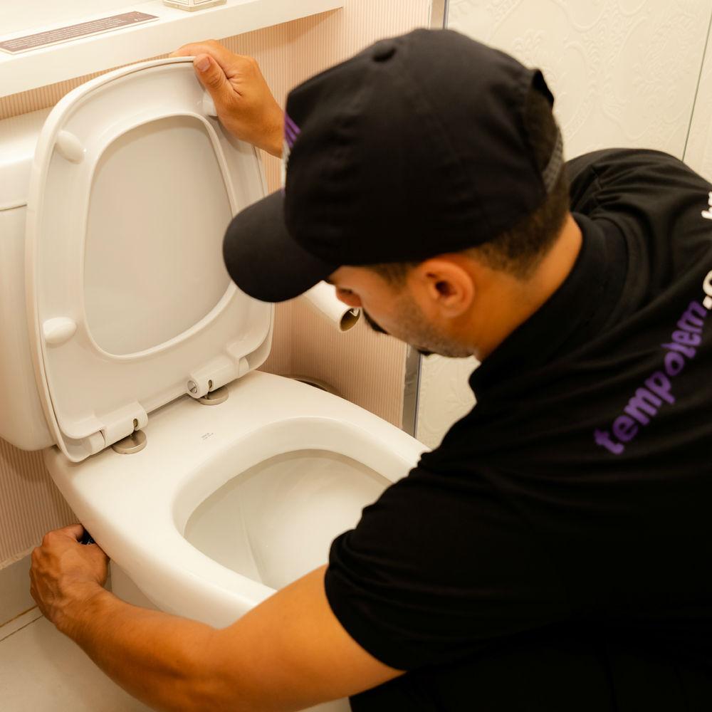 Serviço de troca de assento sanitário de todas as marcas e modelos