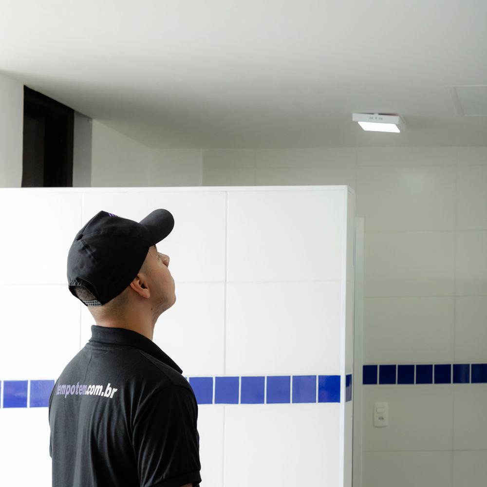 Serviço de Contenção de Vazamento no Teto com Ótimo Preço  e Qualidade