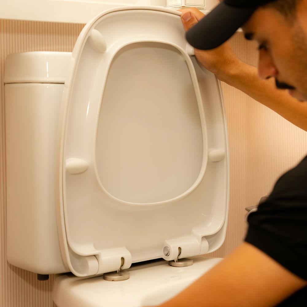Equipe especializada em contenção de vazamento de vaso sanitário